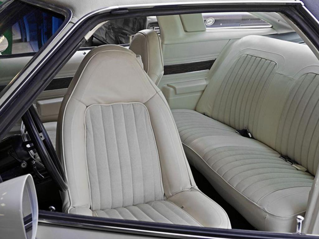 1974 oldsmobile cutlass st charles mo us 17 vin number 3g37m4m279574 stock number. Black Bedroom Furniture Sets. Home Design Ideas